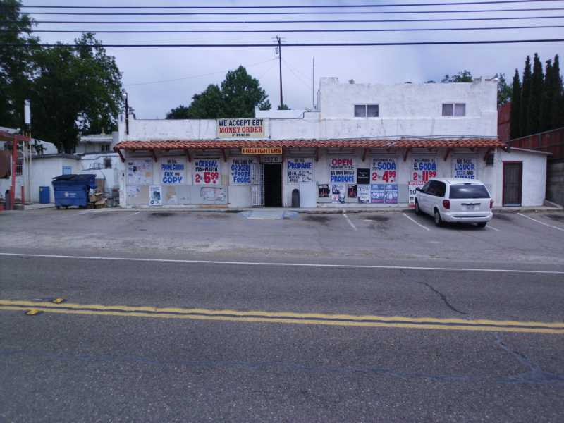 Boulevard store
