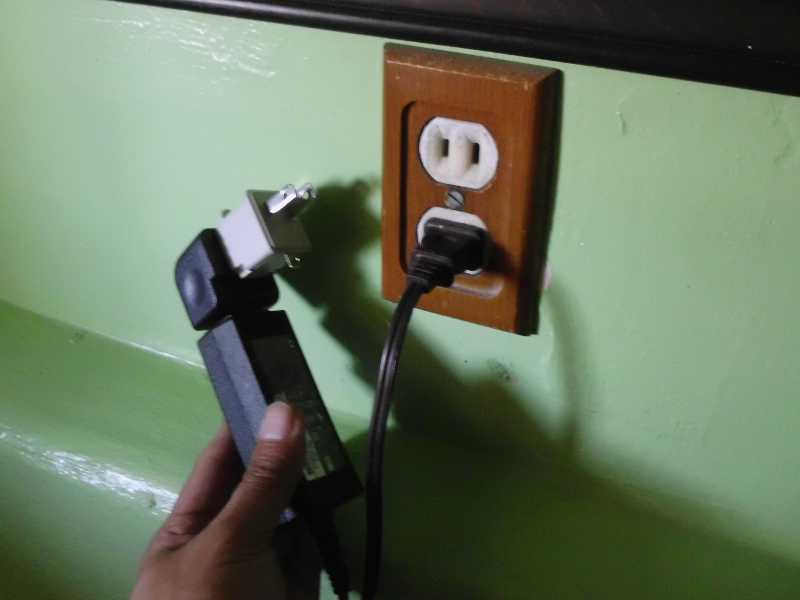 2 prong receptacle