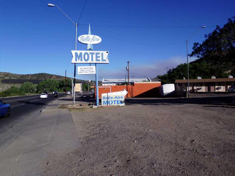 Belle Aire Motel