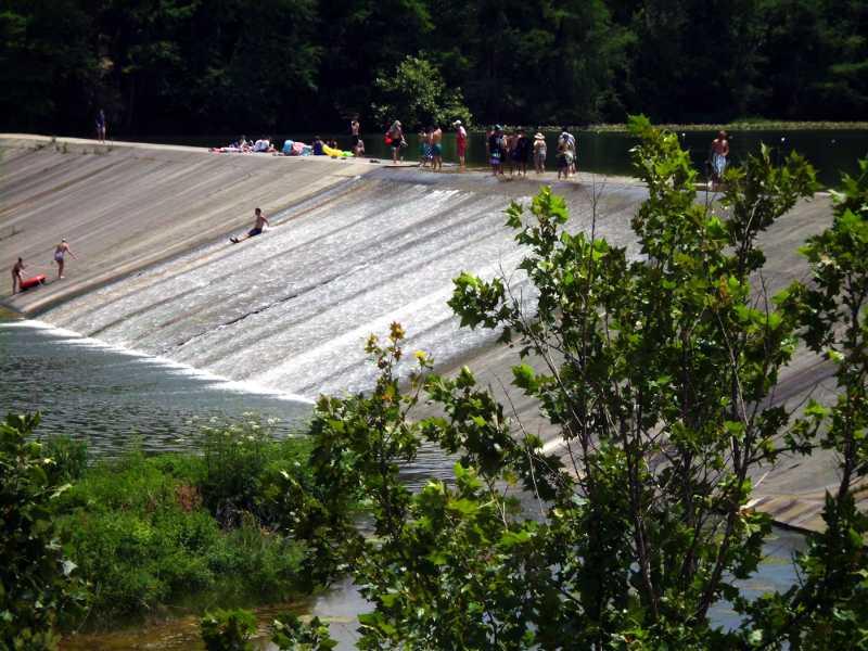 sliding the dam