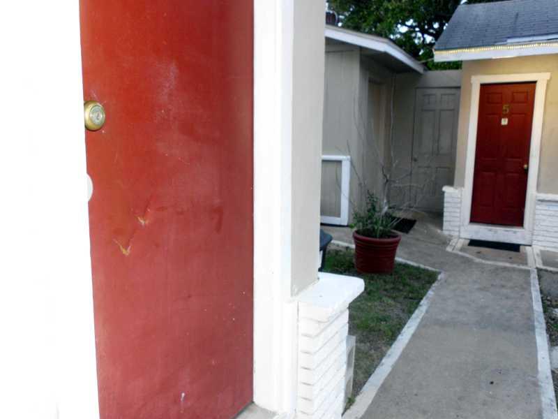 mark on door