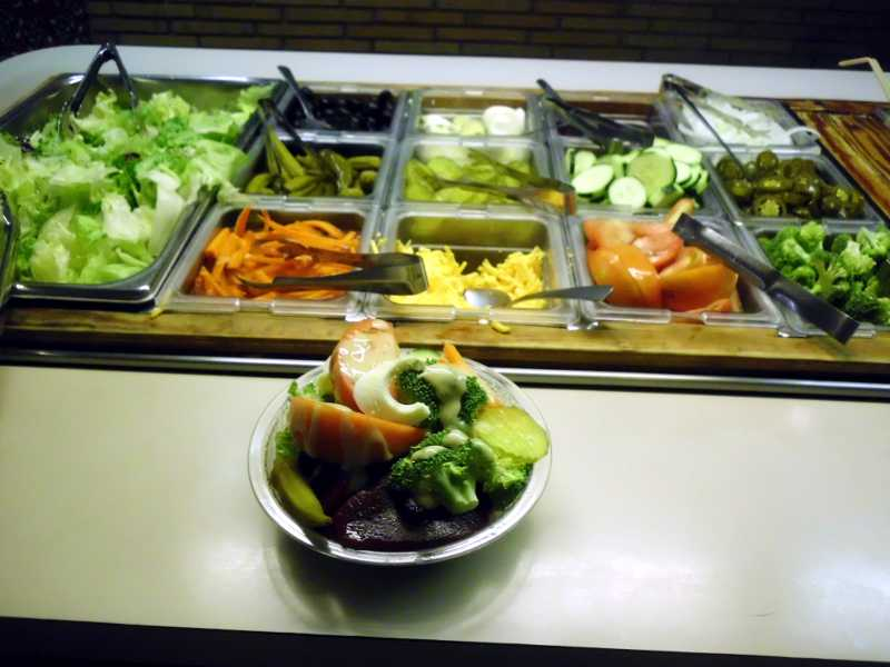 Salad bar at La Miranda