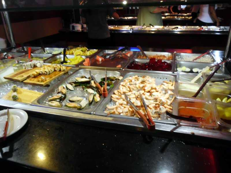 Palatka Buffet selection